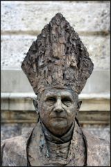 pope sculpture